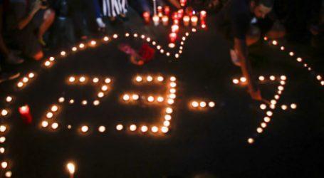 Πλήθος κόσμου στο Σύνταγμα στη μνήμη των νεκρών της φονικής πυρκαγιάς- BINTEO
