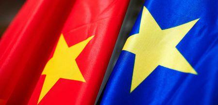 Φρένο της Ε.Ε. σε κινεζική διείσδυση στον ελληνικό ενεργειακό τομέα