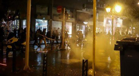 Θεσσαλονίκη: Ένταση και χημικά μεταξύ διαδηλωτών και ΜΑΤ