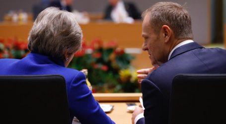 Brexit, η απόλυτη σύγχυση: Οι Βρετανοί βουλευτές είπαν «όχι σε όλα» και ευελπιστούν να… λυγίσει η ΕΕ