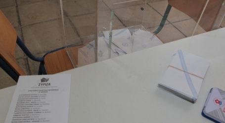 Πώς διαβάζουν τις πρόσφατες δημοσκοπήσεις στον ΣΥΡΙΖΑ