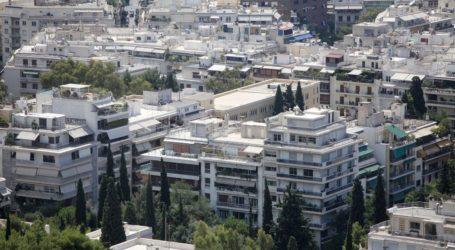 Πιο γρήγορα βλέπουν τα χρήματα από τις επιστροφές φόρων στις τσέπες τους οι Έλληνες