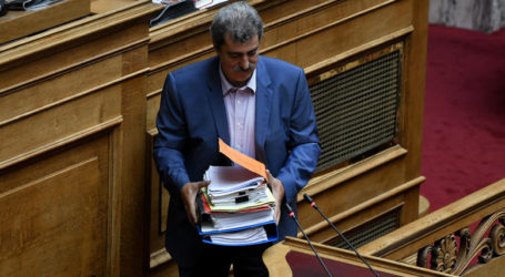 Aρσης ασυλίας Πολάκη, αποχώρησε ο ΣΥΡΙΖΑ από τη Βουλή