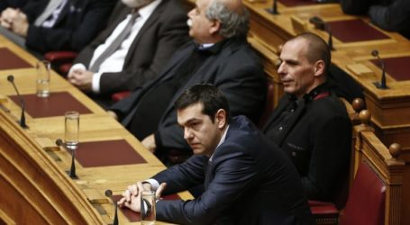 Ο Βαρουφάκης και το 2015 στοιχειώνουν τον ΣΥΡΙΖΑ