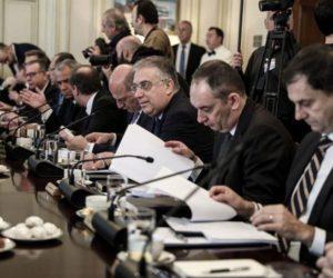 Νέα Δημοκρατία: Σε «επιστράτευση» οι υπουργοί για το προσφυγικό