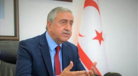Επιμένει ο Ακιντζί: Φρικτό το σενάριο Κριμαίας, για προσάρτηση του ψευδοκράτους στη Τουρκία