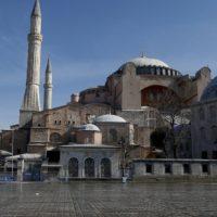 Κορονοϊός: Εφιαλτικό σενάριο για 600.000 θανάτους στην Τουρκία - Προειδοποίηση καθηγητή