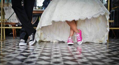 Άρση μέτρων: Με 300 άτομα και μουσική αλλά χωρίς… χορό οι γάμοι – Οι αλλαγές σε εστίαση, ωράριο